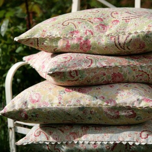 Country Interiors Cushion